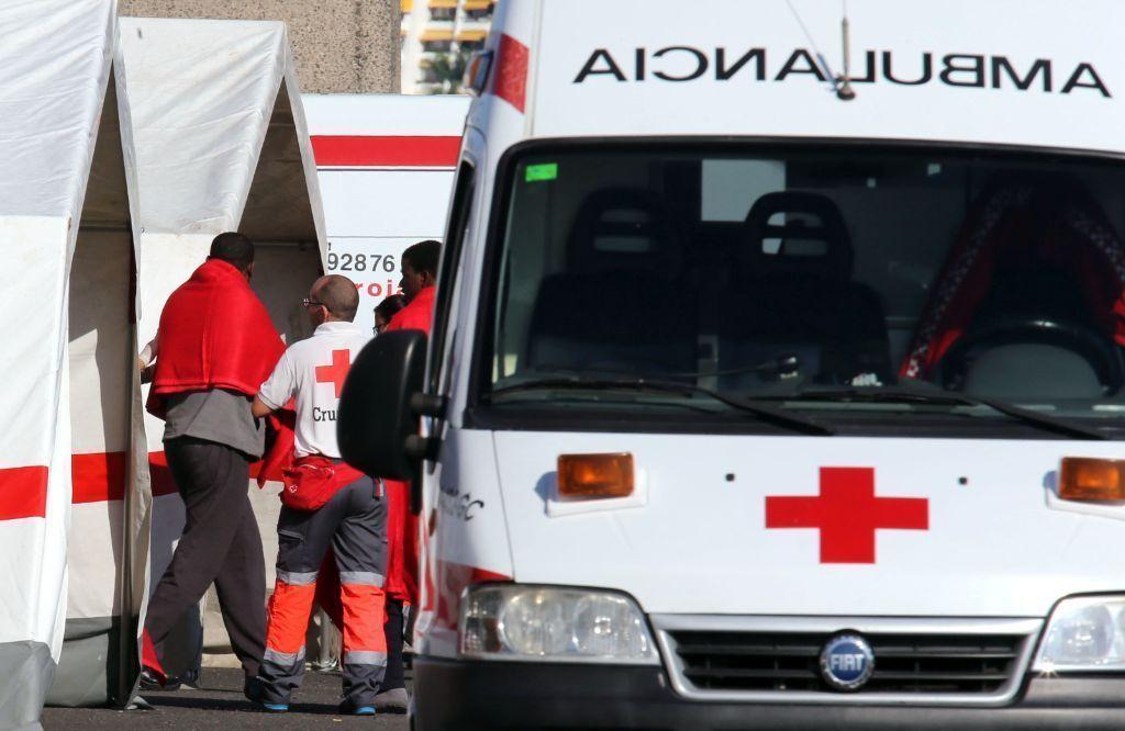 Imputan a una voluntaria de Cruz Roja por ayudar a un inmigrante a agredir a un vigilante