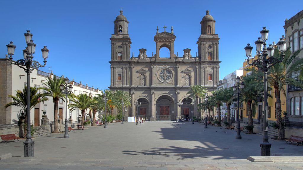 Muchos fueron los templos inscritos e inmatriculados en Canarias durante 17 años, concretamente desde 1998 hasta 2015 con la Ley Hipotecaria impulsada por el Gobierno del PP, presidido por José María Aznar. Hasta 489 bienes se registraron en Canarias